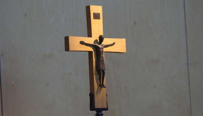 KKaS-Altarkreuzlicht-B700H400